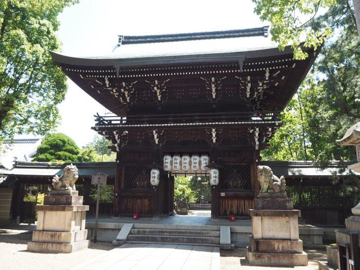 上御霊神社の南門