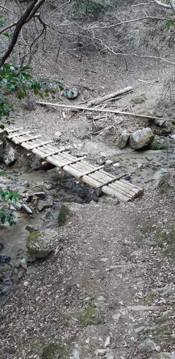 案内板67の後の橋
