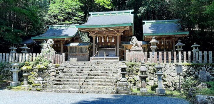 江文神社の本殿